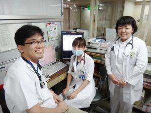 病棟にて研修医指導の実演1