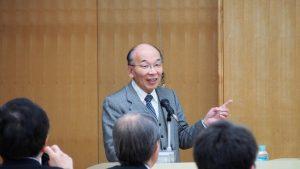 講師の糸島達也先生