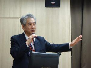 講師の前田隆浩教授